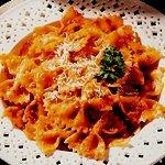 Zesty Tomato Pesto Pasta